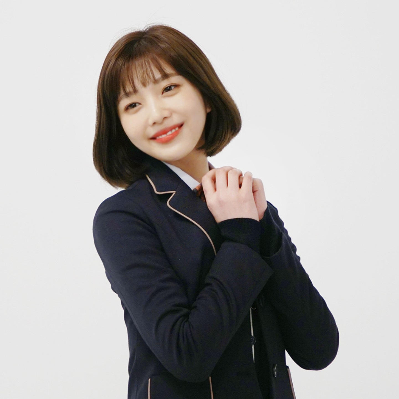 韓國女團Red Velvet以獨特的魅力受到粉絲的喜愛,成員JOY也在今年3月首次挑戰戲劇的演出,但消息公布後質疑的聲浪卻也沒停過,許多網友認為Joy首次接戲就演女主角實在令人擔憂...