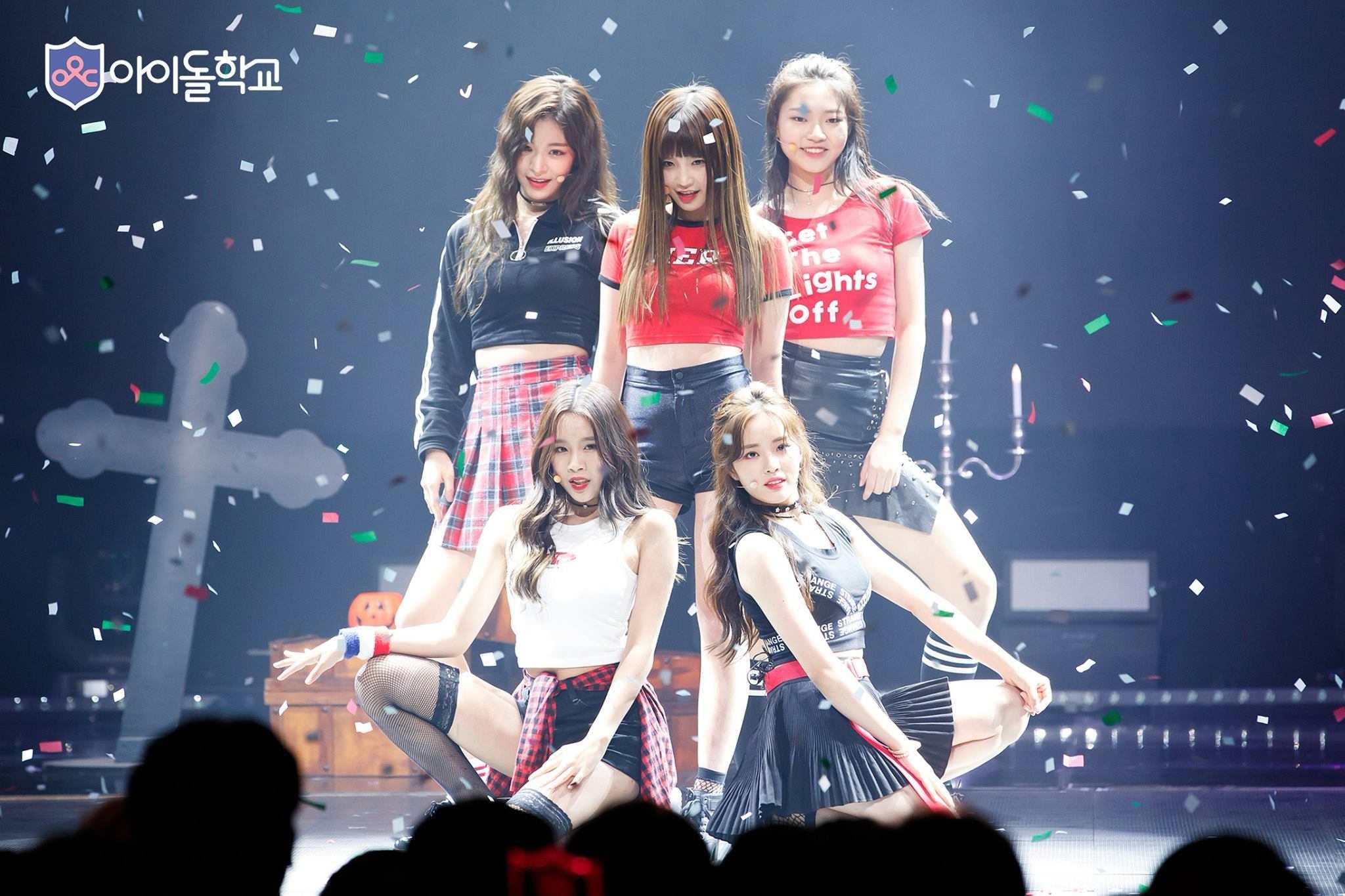 首張單曲以一般女團的清純風格,但團隊中有幾位會跳舞及Rap的成員,也讓人期待她們在2018年的表現!