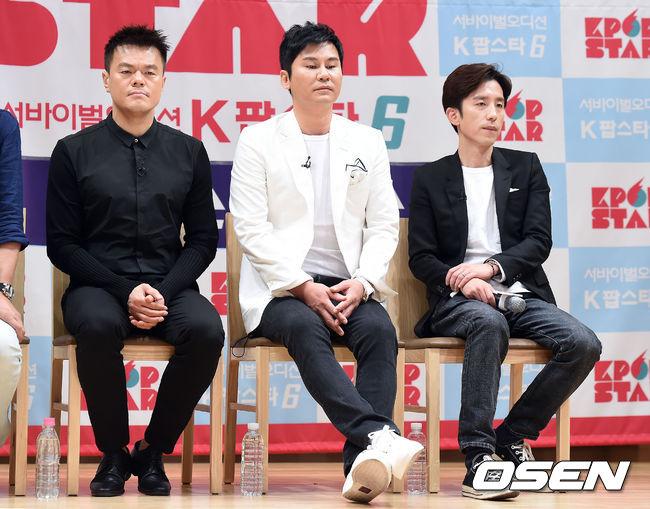 雖然不知老楊突然想Cue JYP的理由是什麼,但看兩位堂堂經紀公司的代表,像個國小生一樣偷偷幼稚互酸來證明友情,真的是很有趣啊!