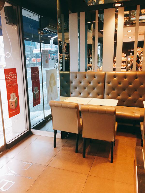 當然也可以選擇於店內用餐,畢竟賣咖啡的地方當然也要有位置讓大家休息。