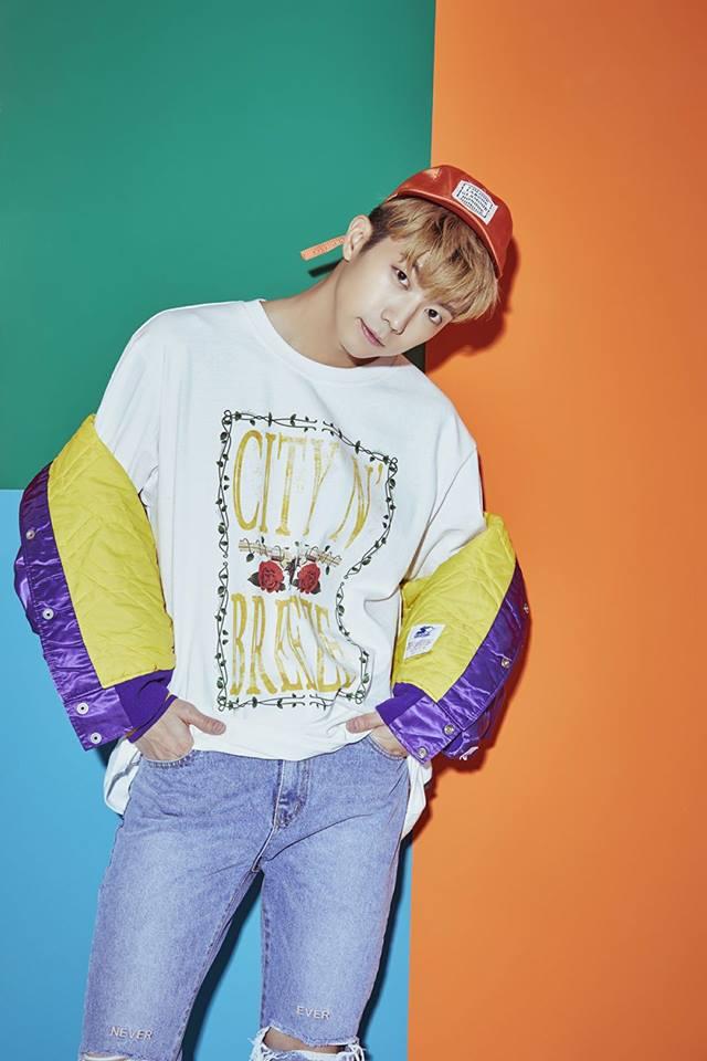 1月15日 2PM 祐榮 睽違了5年的SOLO活動!! 2PM 祐榮也將在一月發行個人迷你專輯,主打歌《分手時》也引起了許多的關注! 成員陸陸續續開始當兵的2PM,下次完整體什麼時候才能看到啊~