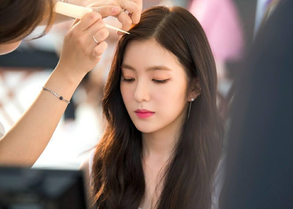 在場的北韓人民看到Irene喘氣的可愛樣子,紛紛笑了出來,Irene也說在舞台上,非常清楚地看到觀眾們帶著笑容觀看表演。