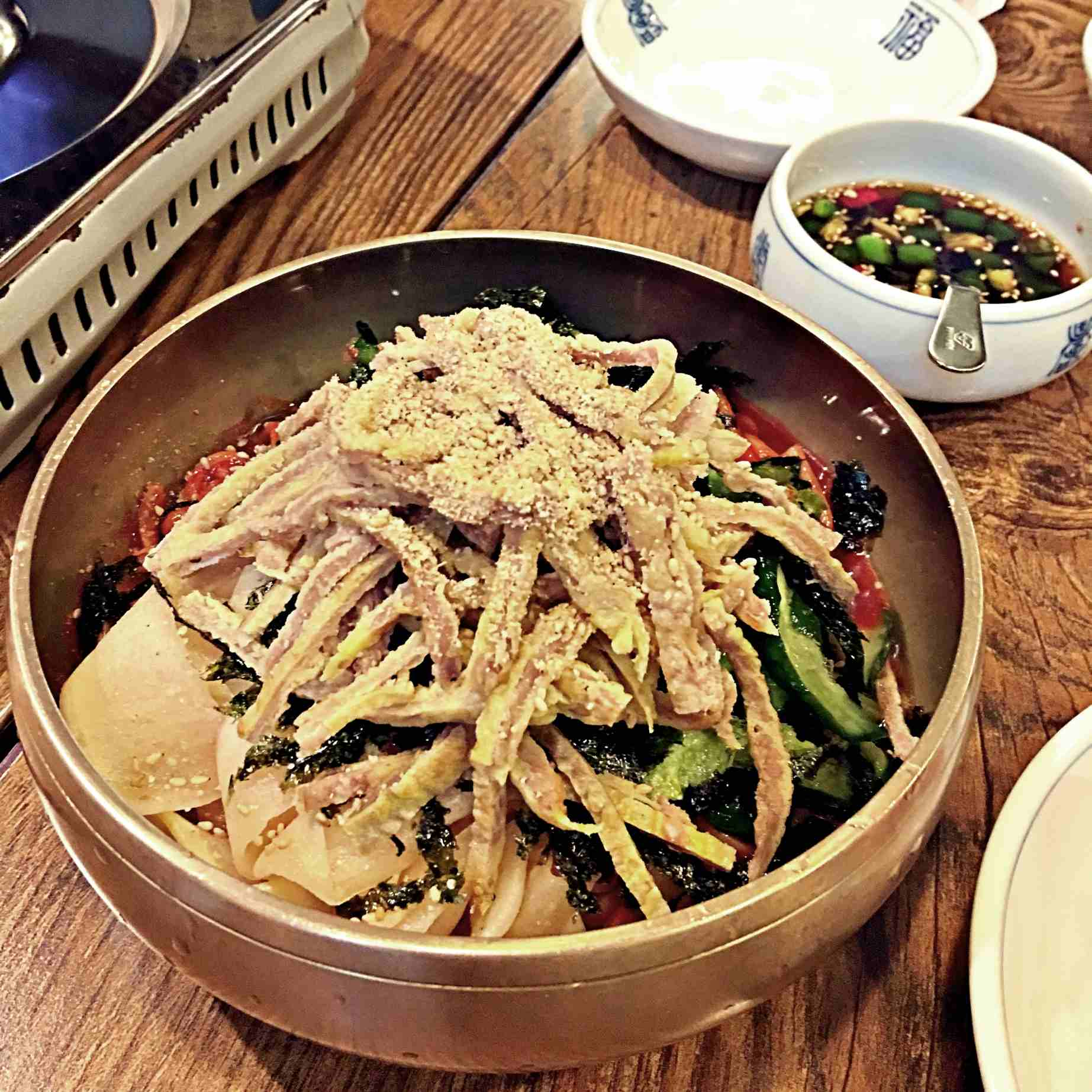 小編還加點了韓式涼拌冷麵。