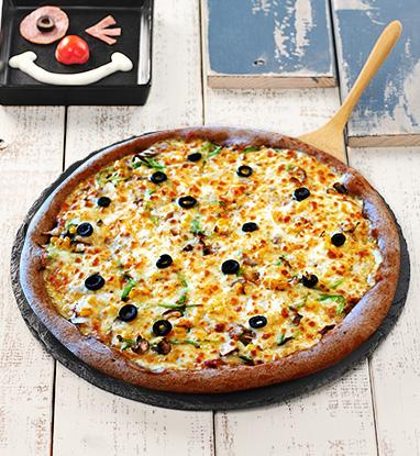 #4 蔬菜披薩 晚上不想吃肉類的朋友,可以試試看蔬菜披薩,是一直想吃的味道!!
