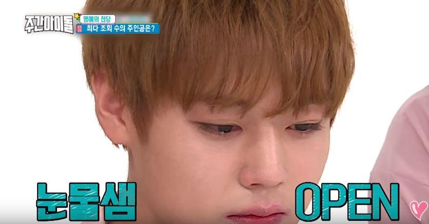 點擊率第三名 : Wanna One成員比賽誰先落淚 果然是童星的出身的朴志訓,比賽過沒多久就留下淚了~