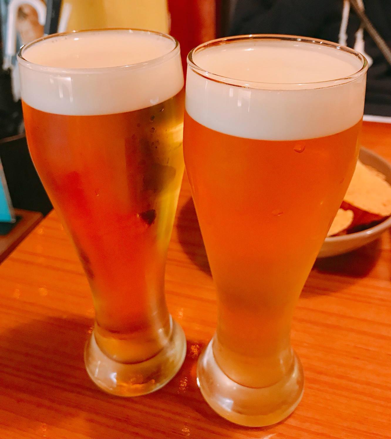 啤酒方面,有各式口味讓人挑選,例如檸檬味、葡萄味等等。