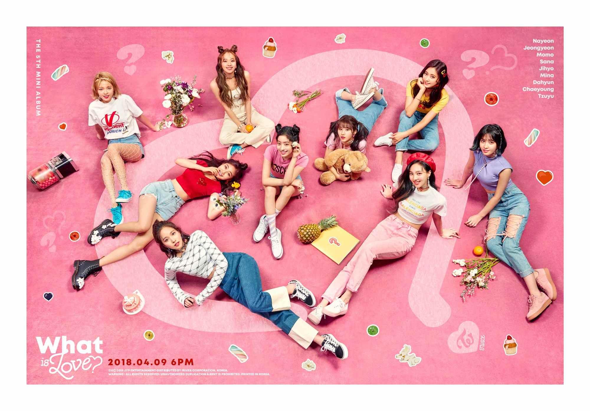 而這次新歌〈What is Love?〉是JYP繼<Signal>之後第二次親手操刀,而回想起上次<Signal>被韓網友罵翻的經驗