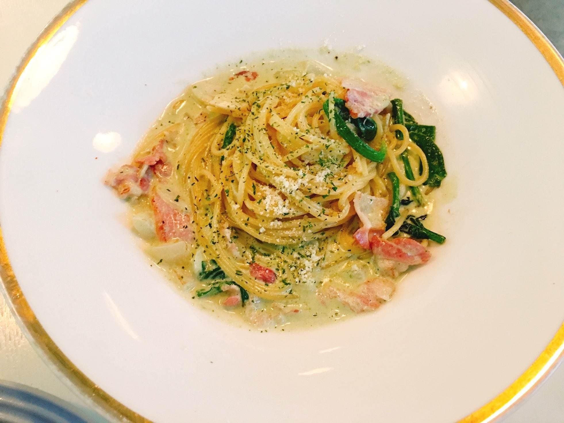 如果是想吃正餐的朋友們,義大利麵也是個不錯的選擇喔!雖然說是早午餐咖啡廳,其實也是一整天營業的呢!