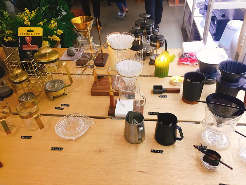 連咖啡器具都有呢~真的漂亮到好想全部帶回家!