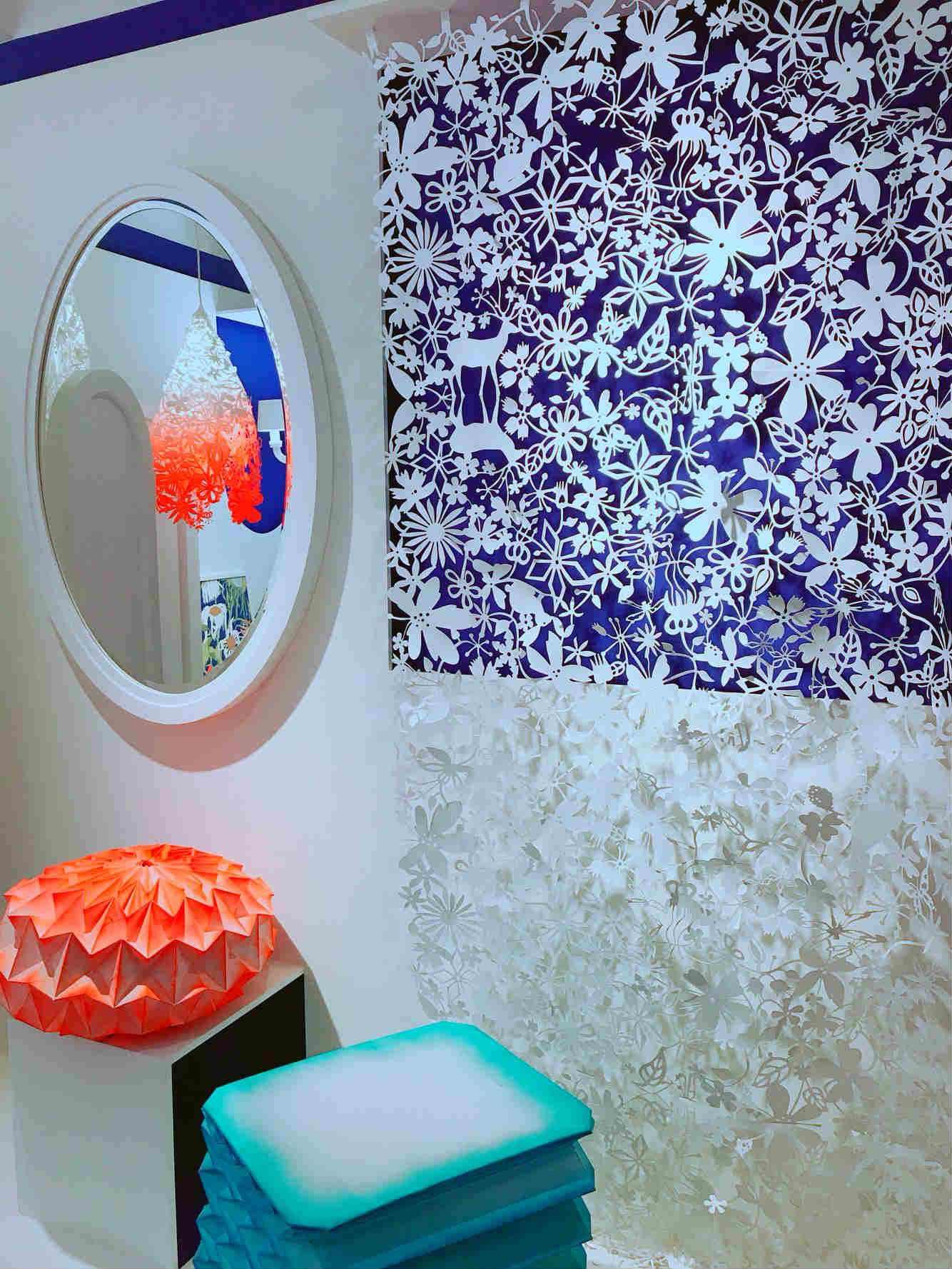 從家具、燈飾、產品設計,到空間概念等等,穿梭在其中,彷彿與世界各地的藝術家們會面。