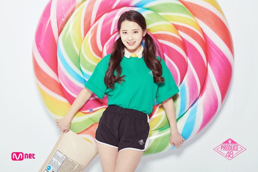 6.金娜榮 김나영 出生 : 2002年 身高 : 155cm 所屬經紀公司 : Banana Culture