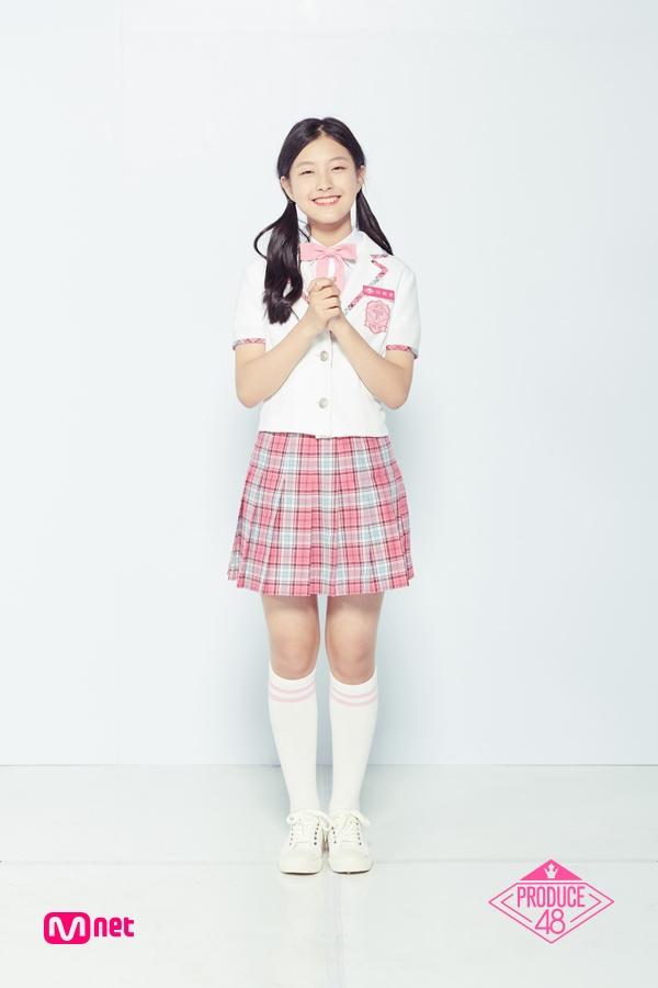 7.李河恩 이하은 出生 : 2004年 身高 : 153cm 所屬經紀公司 : MNH娛樂,請夏的師妹