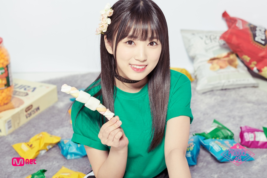 12.矢吹奈子 Yabuki Nako 出生 : 2001年 身高 : 149cm 所屬經紀公司 :HKT48 Team H
