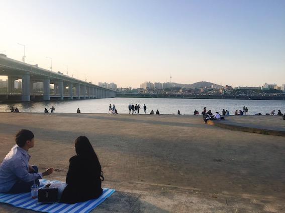 仙遊島漢江公園(선유도한강공원):仙遊島漢江公園是情侶的約會聖地呀!在這裡和戀人一起野餐、拍照留下美好的回憶吧!