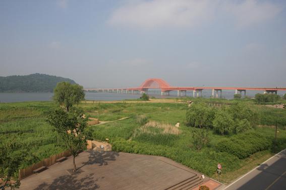 江西漢江公園(강서한강공원):在江西漢江公園可以享受生態公園和文化生活!