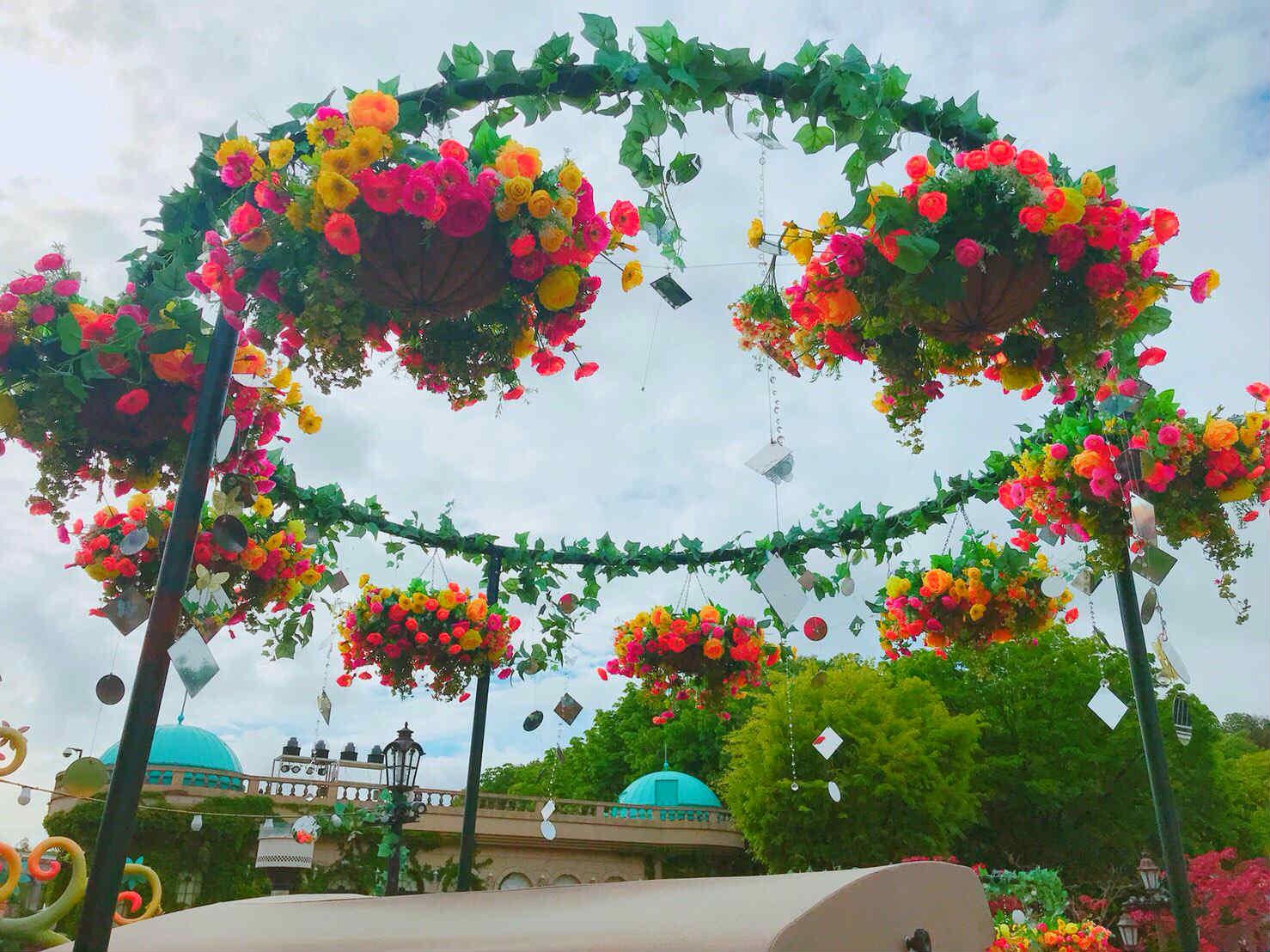 各式鮮花美景,令人目不暇給,會有置身世外桃源的錯覺啊!