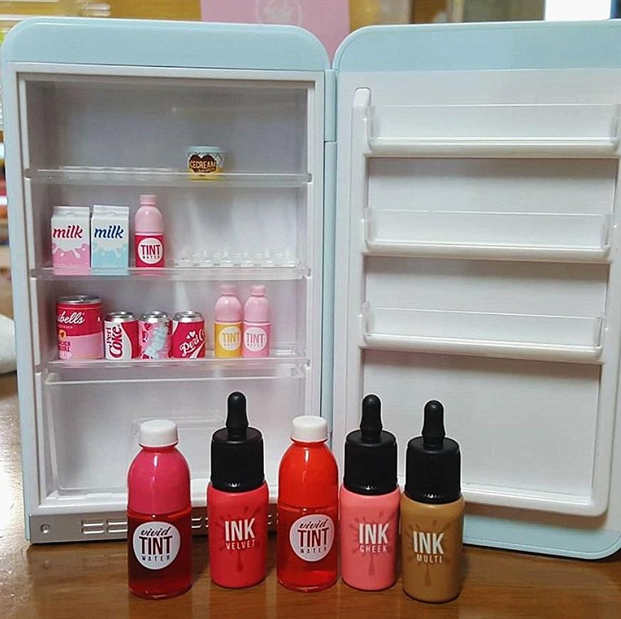 裡面是附道具的!!!你可以自己組裝自己的冰箱!是不是可愛XDD