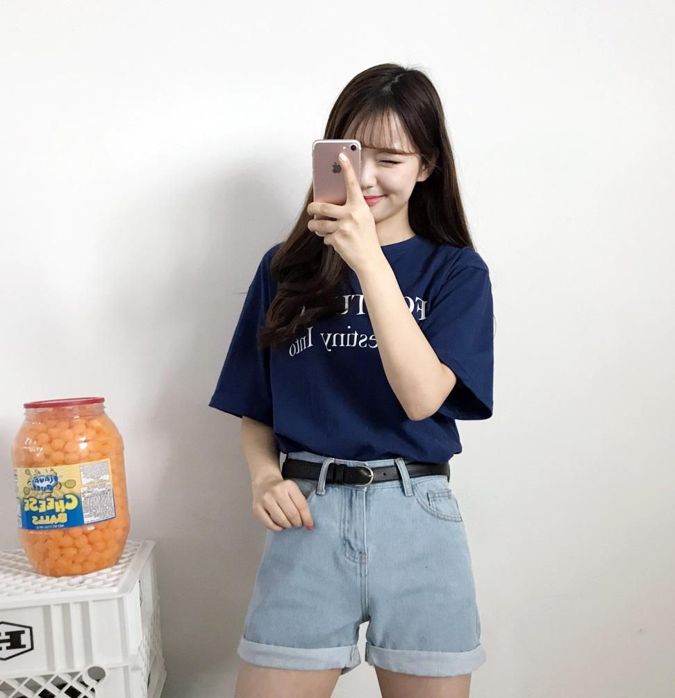 大家還記得之前摩登少女推薦給大家的韓國網拍品牌「gogosing」嗎?當初打著回購率超高且CP值讚讚的網拍品牌,應該還有很多人不知道,甚至是不相信他們家的東西有多厲害吧?就在摩登少女那天準備題材,想要寫新產品和大家分享時,就發現我們之前真的小看gogosing這牌子啦~