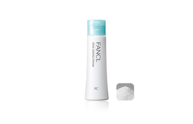 4.FANCL-淨膚柔滑潔顏粉。 FANCL這款潔顏粉會附上一顆洗顏球,可以用洗顏球搓出超綿密超細緻的泡沫!這款潔顏粉除了清潔效果不錯之外,還有去除黑頭以及多餘的老舊角質的效果,而且洗完臉不會澀不會繃真的很優秀~