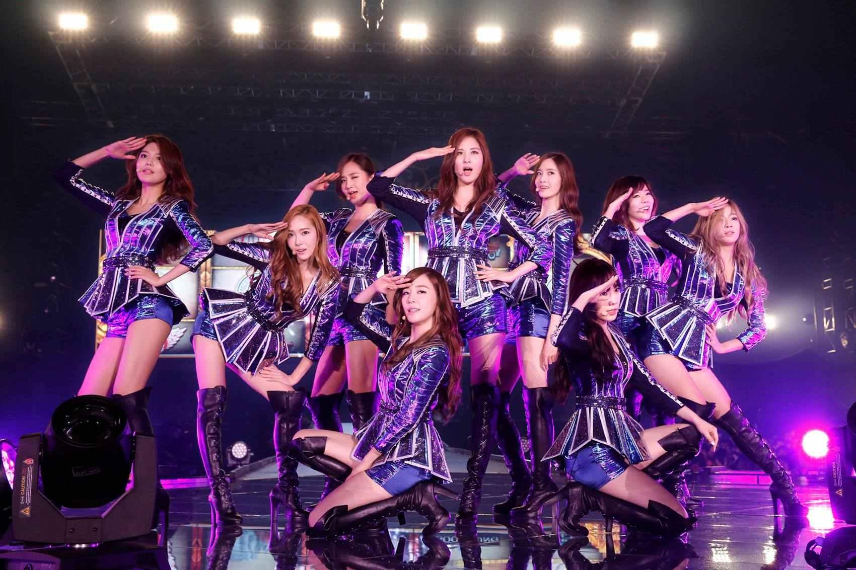 #少女時代 (소녀시대)