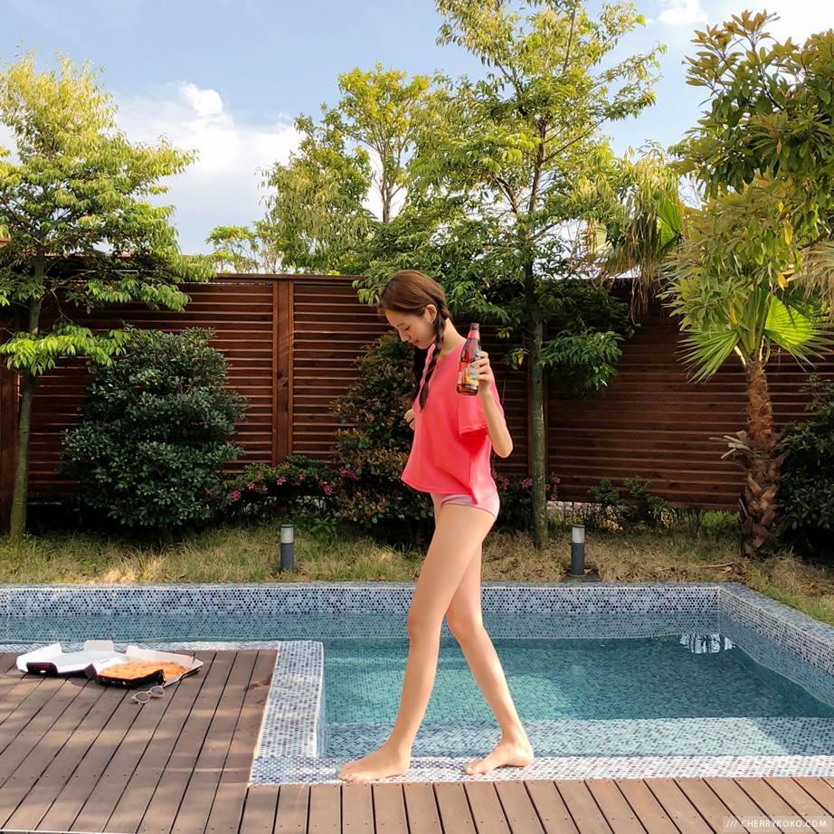 #洗澡時運動: 洗澡的時候深蹲是個好選擇,不會花費太久的時間,也可以讓洗頭、刷牙的時候變得更有趣,尤其深蹲對於身材的線條有很大的幫助,在這短短的時間就可以鍛鍊身材,也難怪韓國女生每次都看起來那麼瘦啊TT