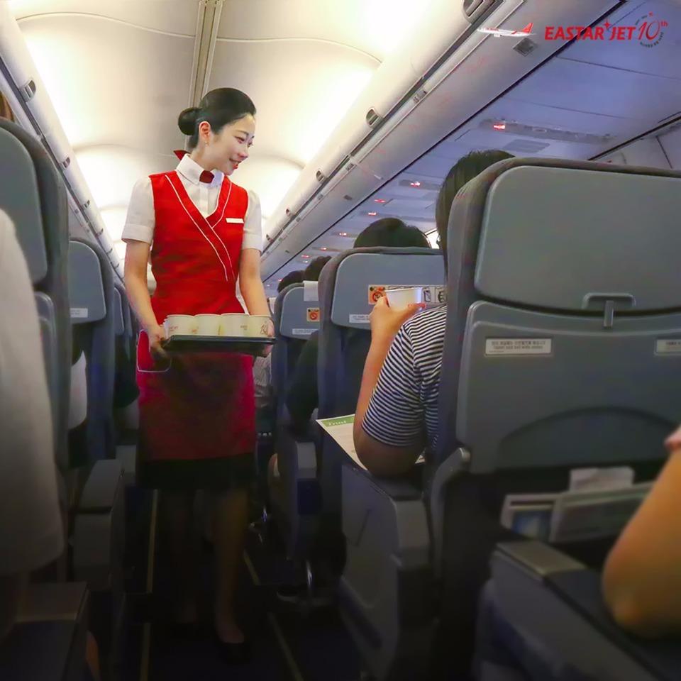 該名乘客處於醉酒的狀態,當時空服員們都有提高危機意識。法庭以「機內吸煙可導致火災等大型事故」為由控告她,而且暴力行為阻礙航行安全,需要一定的處罰。