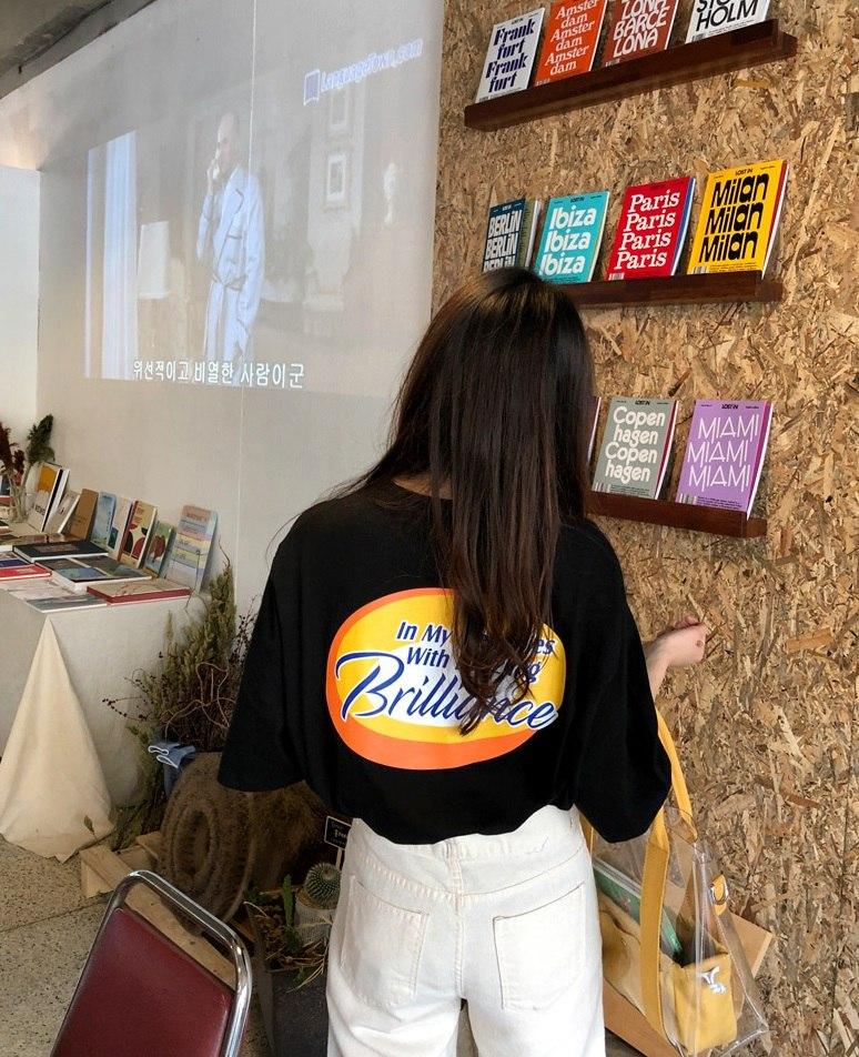 大家應該都知道最近在台灣開了不少韓國網拍品牌吧?這好消息實在是造福我們女生不少啊~尤其是來台灣的幾間網拍都算滿平價,就算是學生或是小資女都可以輕易入手,單品品質也都很不錯,每個月不買幾件實在是對不起自己啊XDD