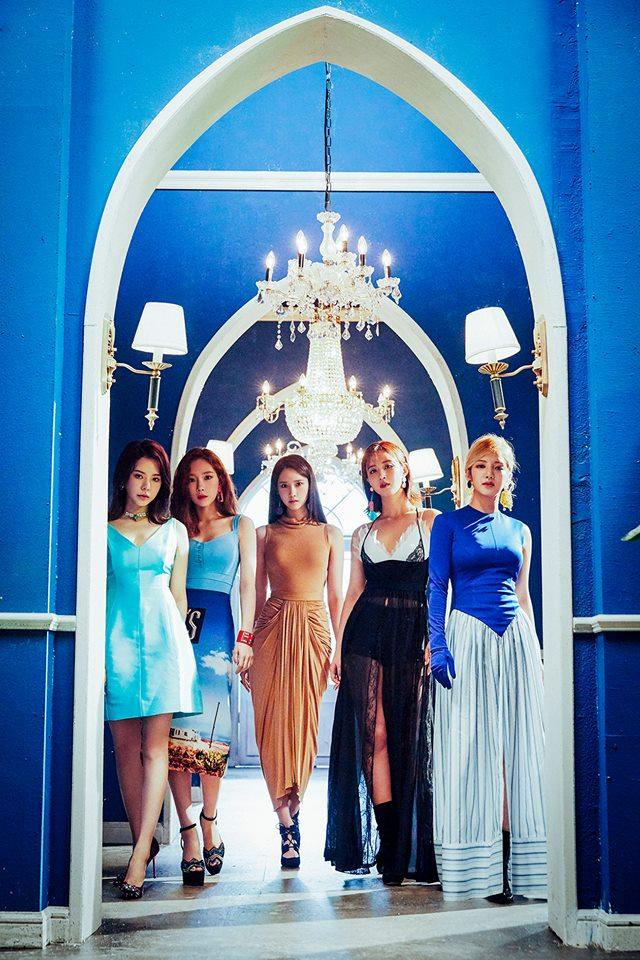 今天早上官方公開了由太妍、Sunny、孝淵、俞利、潤娥五人所組成的新子團「少女時代-Oh!GG」概念照,並宣布將於9月5日發行全新單曲專輯《Lil' Touch》!