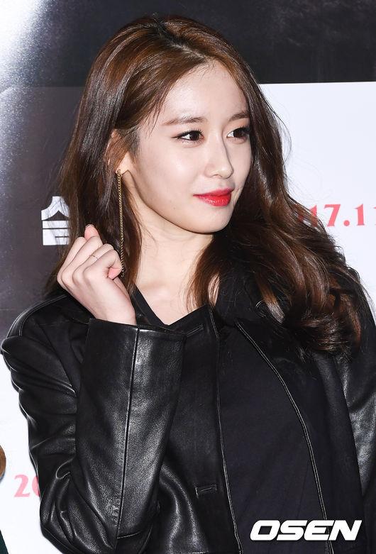 也補充說道:「T-ara的芝妍舞蹈線條特別漂亮,而且總是能將教給她的內容吸收得很好!」