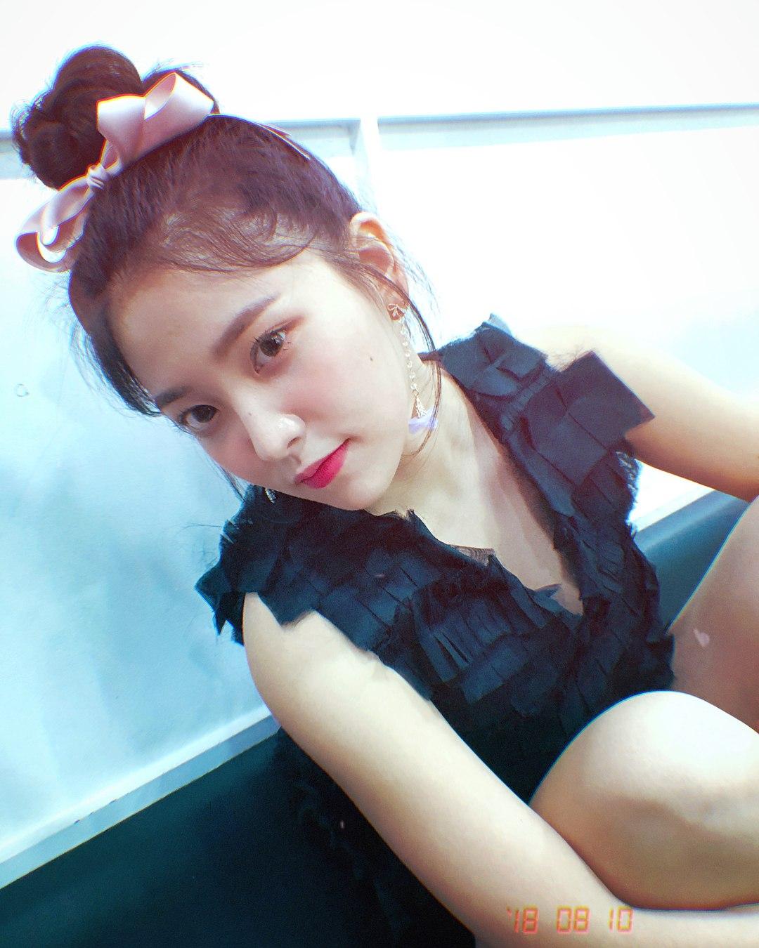 # 第六名 : Red Velvet - YERI (  504票 ) *JOY和YERI因票數相同所以共同6位呦~