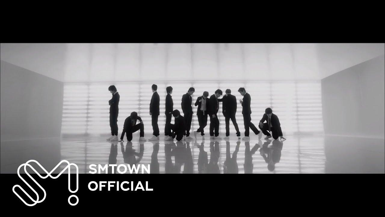 對很多人來說,Super Junior的「Sorry Sorry」是追星之路的開端吧! 當時這首歌的火紅程度真的相當驚人,在台灣的音樂榜單上更是蟬連多週的第一名! 不管有多少人cover過sorry sorry,Super Junior的版本還是最帥氣!