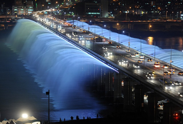韓國道路交通法將於9月28日推出5項新措施,別以為只適用於駕駛者,連乘客和騎腳踏車的人都要注意喔!