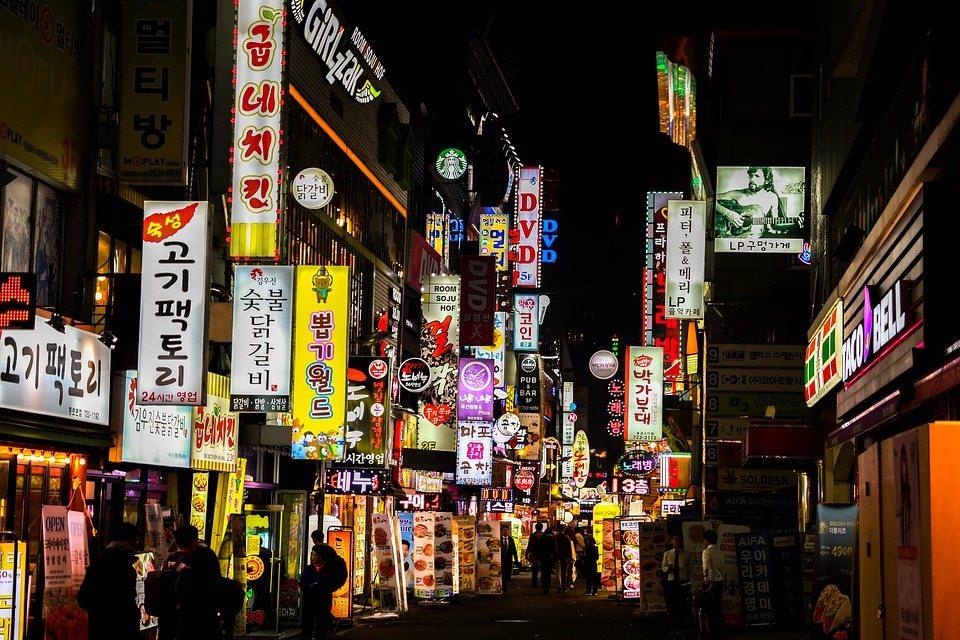 雖然不能一竿子打翻一船人,但是現在在韓國,外國人犯罪率日益上升,也不能怪韓國人會這麼害怕了。