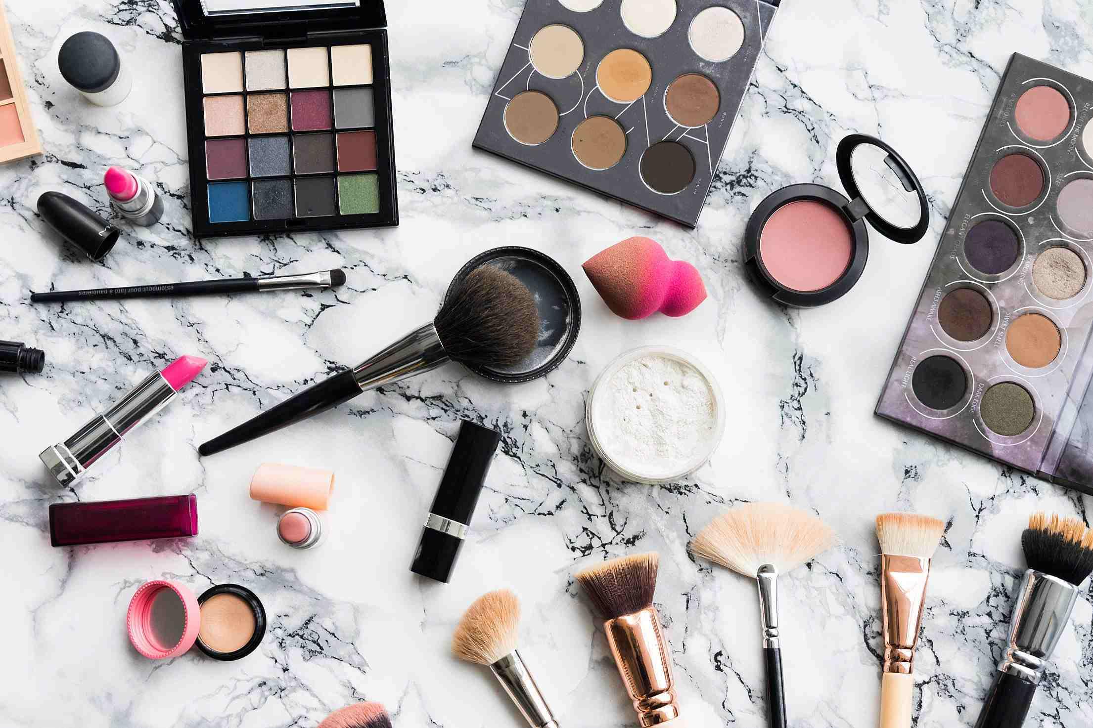 在全球男性化妝品賣出的數量當中,韓國就佔25%, 是非常驚人的數字,而韓國男性購買化妝品的金額也是全球第一位。