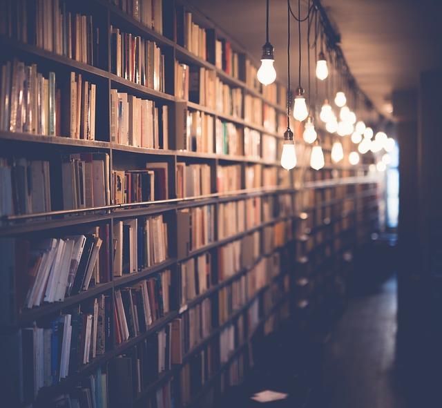 大家讀書的時候習慣在家裡讀嗎?還是去圖書館呢?相信不少人都是去咖啡店讀書吧!雖然有時在美美的咖啡廳讀書還是會分心啦XD 韓國那麼多咖啡廳,可想而知會有不少人去讀書~~