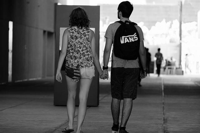 大家的另一半或親近的朋友也有以上這些行為嗎? 如果有,大家別忘了多多關心缺愛的他們阿~~ 去了解對方所經歷過的事情,相信對你們的戀愛關係會更好的~