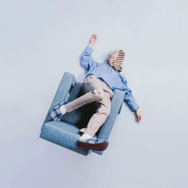 15日,Zion.t發布了新專輯《zzz》,這也是他繼第二張正規專輯《OO》後時隔一年五個月發行的新專輯。