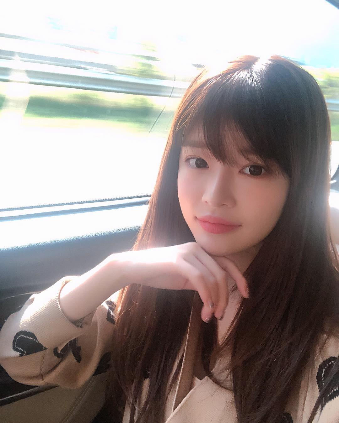 目前勝利所屬的YG娛樂還沒有任何回應,兩人是不是在交往就要等公司的公告。不過女方真的太正啦!大家怎麼看呢?