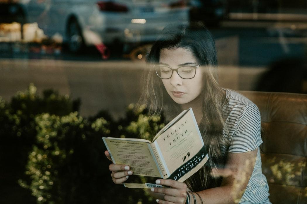 小編個人覺得,想出這種省錢辦法是挺厲害的,只不過,咖啡廳並不是學習的地方,想要久坐還是去圖書館吧!