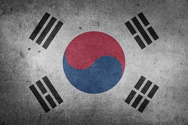 說到韓國,大部分的人都會覺得他們很團結, 今天一起來看韓國EBS的紀錄片「韓國人的團體心理——我們We」第四集,介紹長久以來造成韓國社會的分裂與敵對的地域情感。