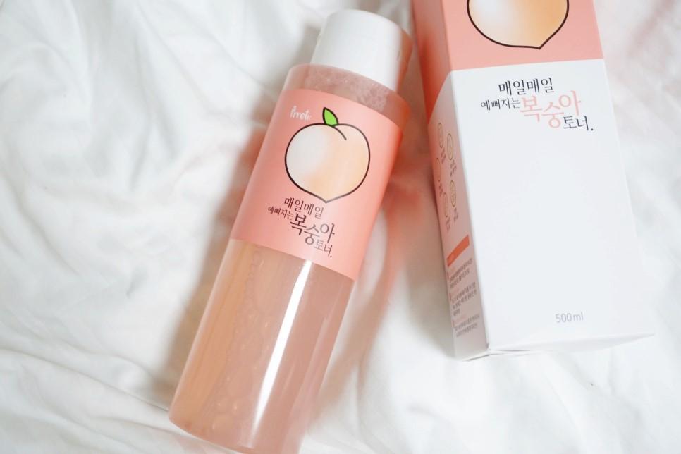 #PRRETI 水蜜桃保濕化妝水【原價500->特價366】:最後這罐化妝水的外型,還以為是什麼文青水蜜桃果汁......超可愛的啊(大心) 可愛到女神已經快失去理智了,PRRETI果然是韓國高中生的最愛,還這麼懂女學生的心><