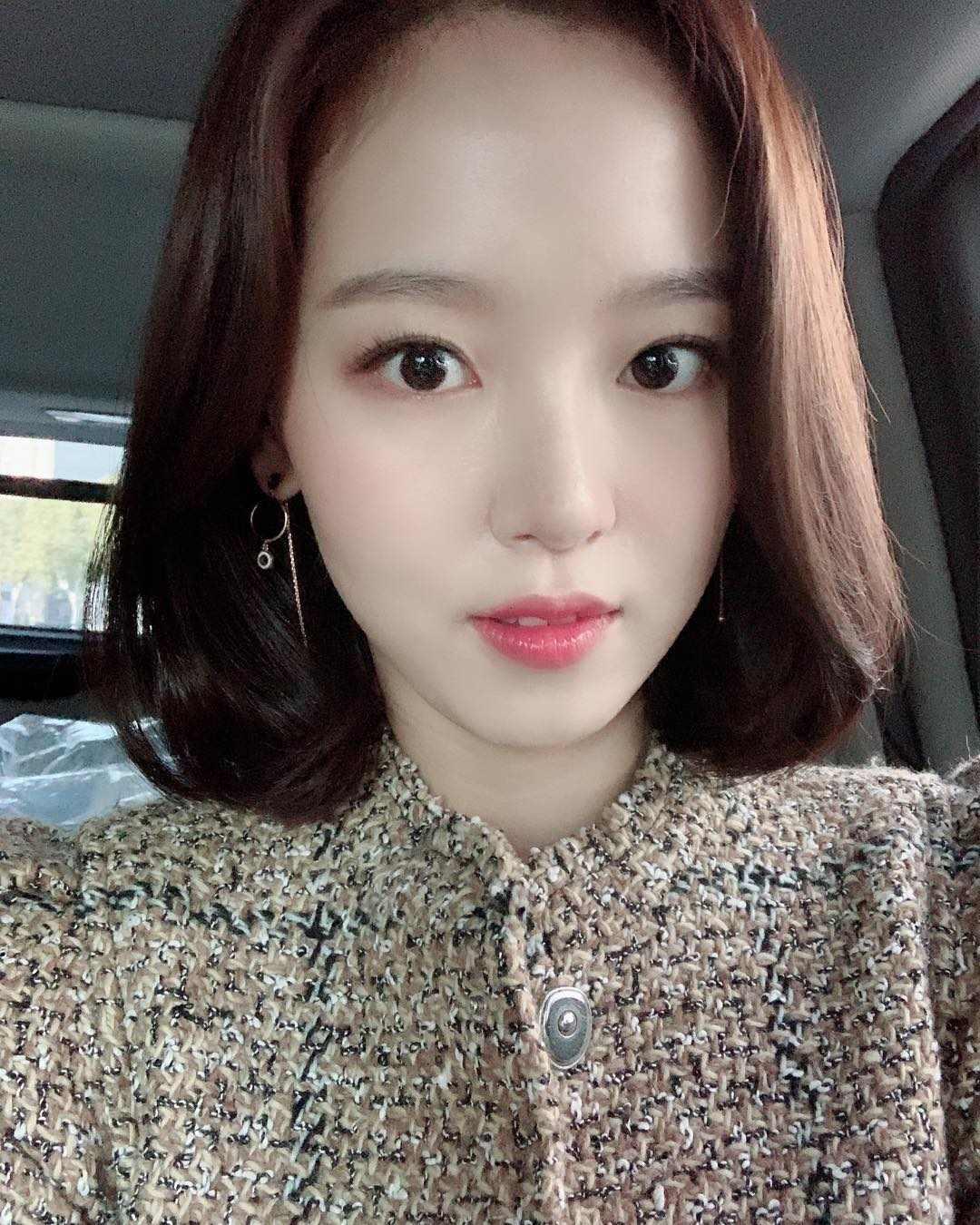 今天NAVER熱搜關鍵字持續出現「姜漢娜」這個名字,起初不少網友以為是演過《步步驚心麗》的那位韓國知名女演員姜漢娜,仔細一看發現是一位在日本發展的女藝人,因為他在日本節目中大膽說出韓國人整形的話題,一句話惹毛了一大票韓國網友!
