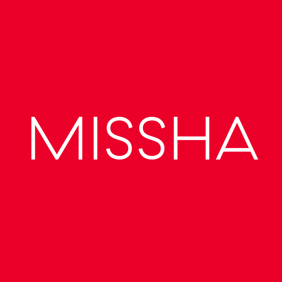 2013年MISSHA推出的「紫瓶」Time Revolution Night Repair Science Activator Ampoule中被檢出含有一種防腐劑,會讓皮膚細胞老化。 雖然那種防腐劑也是日常生活中較常用的,不過在2000年後很多品牌已經開始減少不用。 而MISSHA本來就是主張他們家是不含防腐劑,因為很多消費者都覺得被欺騙而飽受批評。