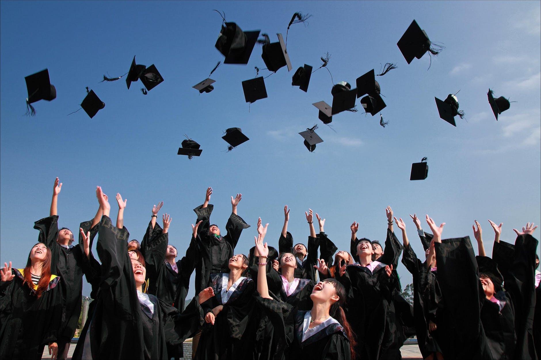 考生們如果重新回到今年3月會認真學習的科目依序為數學(33.5%), 英文(27.2%), 語文(25.2%), 社會或科學探究(14.1%)