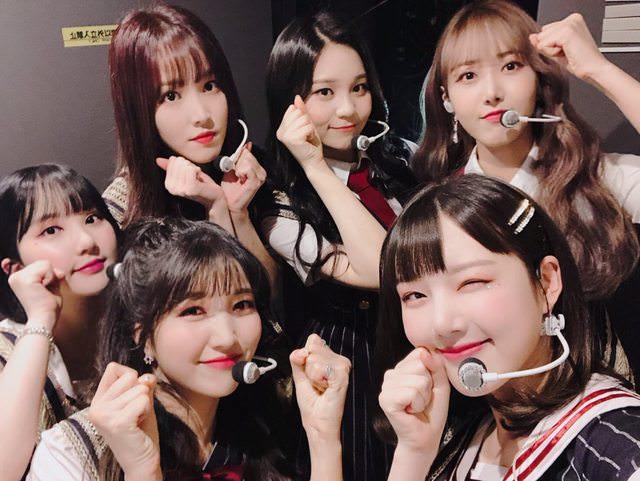 小女友們最近在日本與韓國都好忙呀~而在忙碌的日程中成員們當然是彼此很重要的存在,來看看天天相處的她們感情多令人稱羨吧!