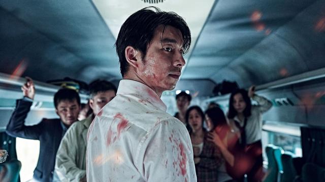 首先不得不提在台灣超級賣座的《屍速列車》,這部的化妝以及特效真的厲害到讓韓國電影提升到另外一個境界了~改變了不少人對韓片的想法哦!當時真的是造成一股轟動,同時也讓孔劉在台灣的人氣大增!