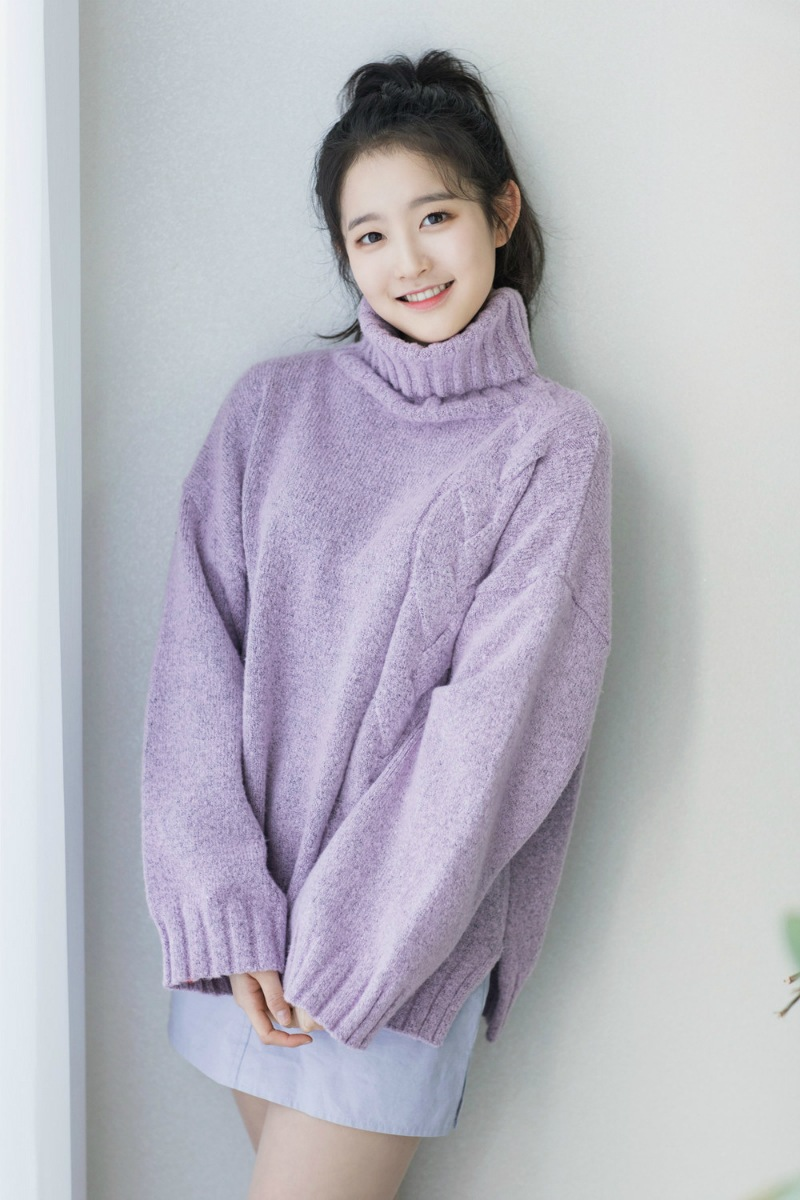 5.Park, Si Eun 박시은  這個小女生好像有點眼熟?她就是在《雖然30但仍17》中飾演女主角高中時期的女孩喔~
