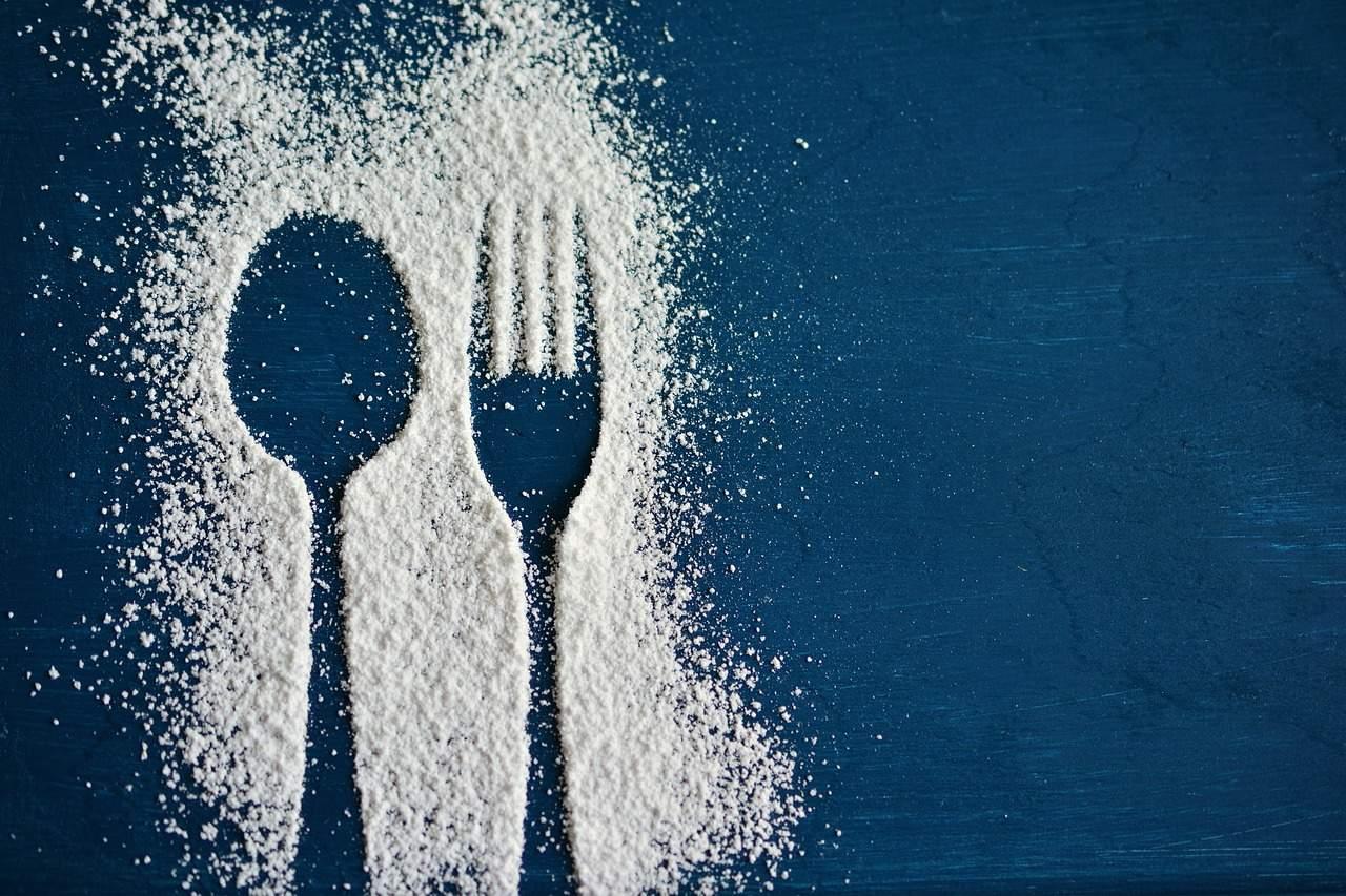 按照統計,最近有提供餐具的學校比例增加,637所學校中有295所(46.3%)有提供餐具。