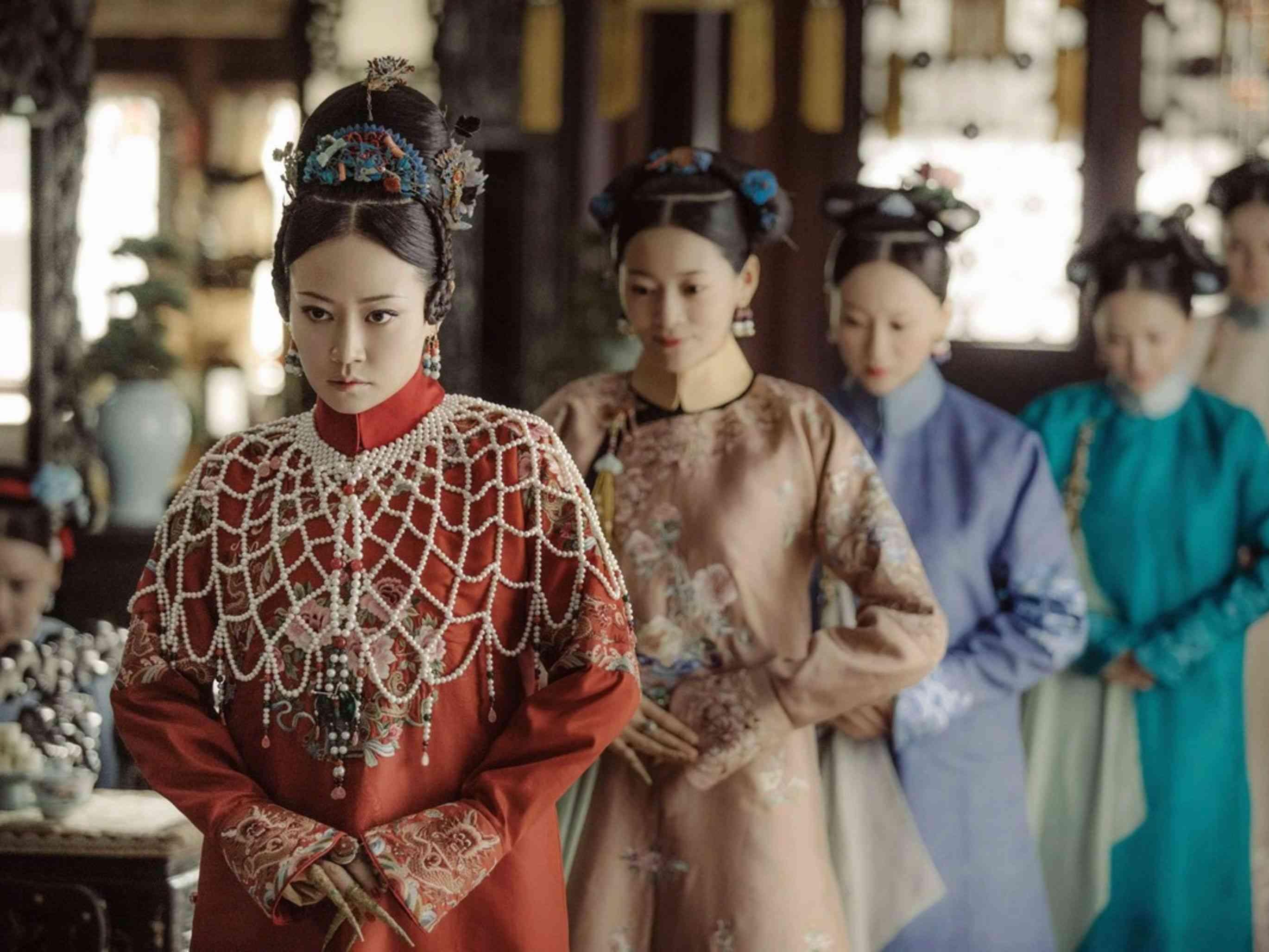 流出的演員名單就是飾演「高貴妃」的女演員譚卓,在《延禧攻略》詮釋囂張跋扈的角色,此消息一曝光被許多劇迷稱作「高貴妃的絕地大反攻!」