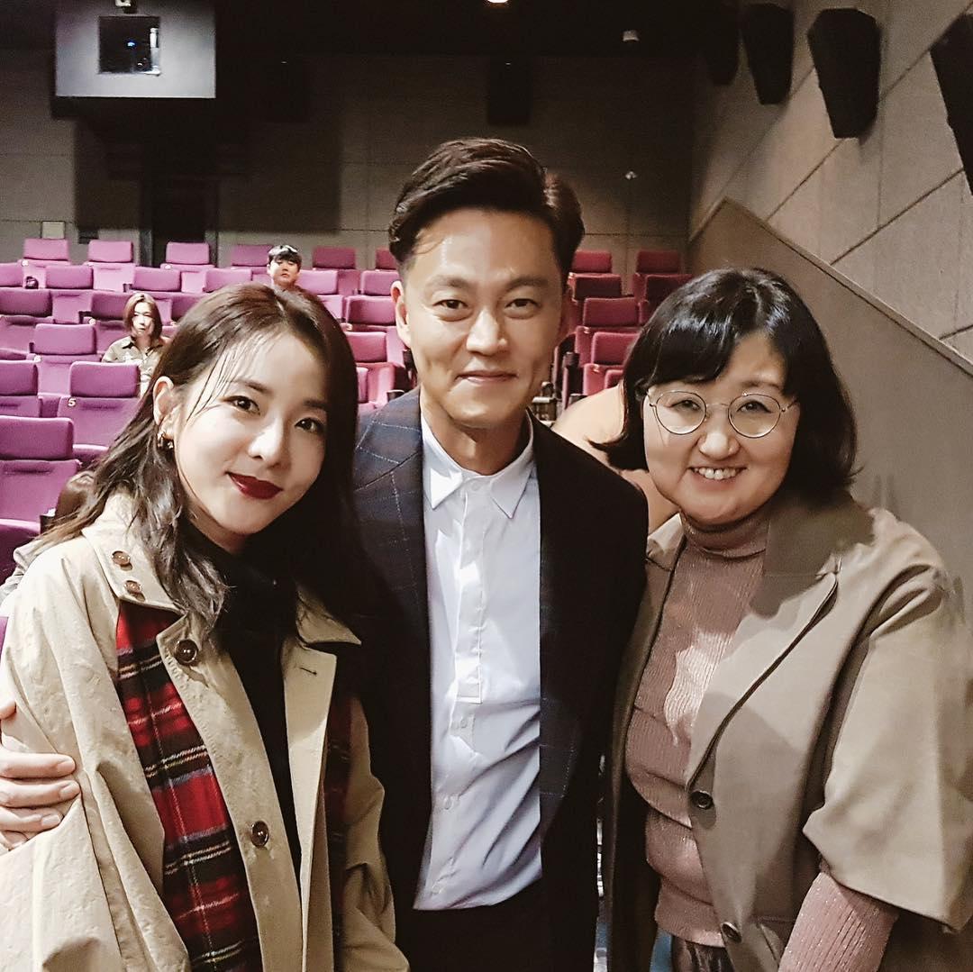 盧熙英其實也來頭不小,是韓國代表性的餐飲企業家,前CJ集團的飲食顧問。